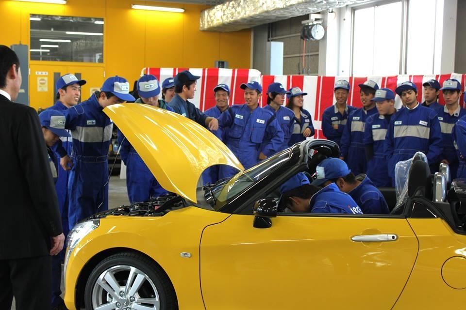 Sinh viên ngành ô tô học viện JEC