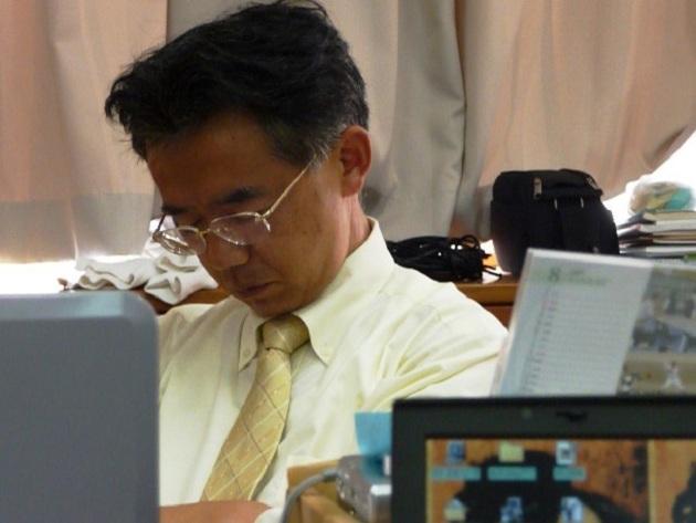 văn hóa ngủ gật tại văn phòng ở Nhật