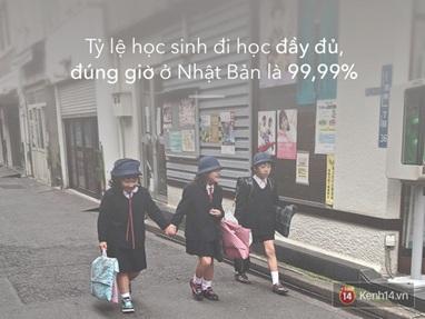học sinh đi học đúng giờ