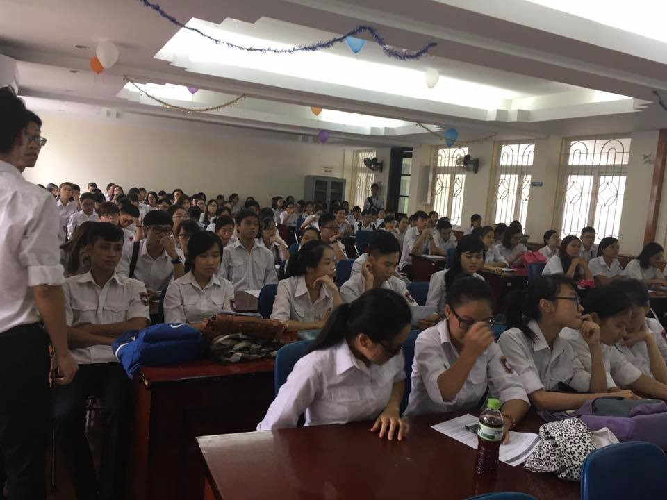 Hình ảnh: Sinh viên năm cuối khoa công nghệ thông tin trường Đại học Hàng Hải Việt nam trong Talkshow