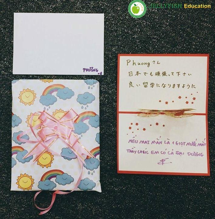 Món quà mang giá trị tinh thần từ Jellyfish Education Hồ Chí Minh