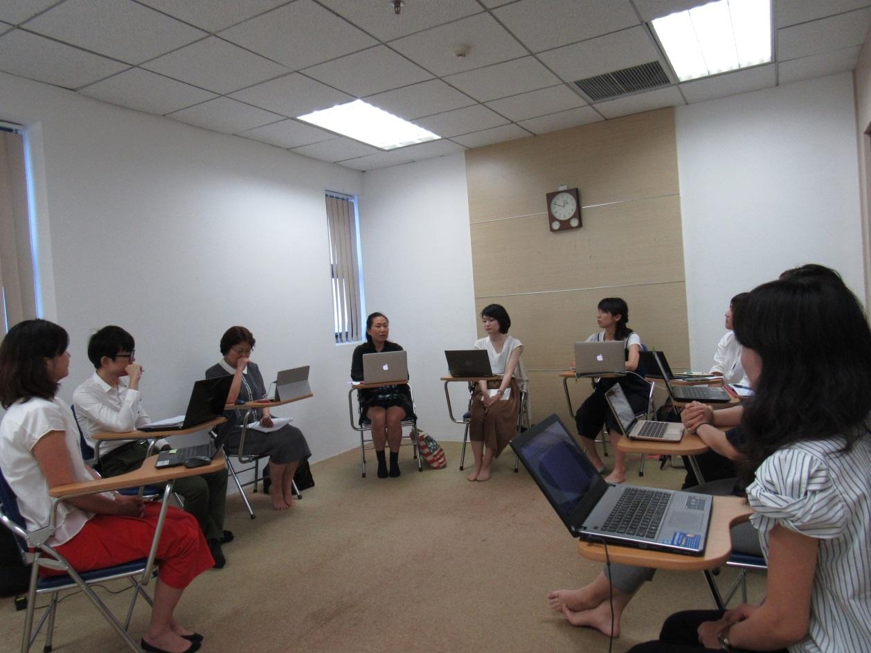 Tổng quan buổi trao đổi của cô Suzuki với cán bộ – giáo viên trong lĩnh vực đào đạo của Jellyfish Việt Nam