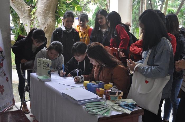 Định hướng việc làm chính thức tại Nhật Bản cho Sinh viên Đại học Kinh tế Đà Nẵng - Ảnh 3