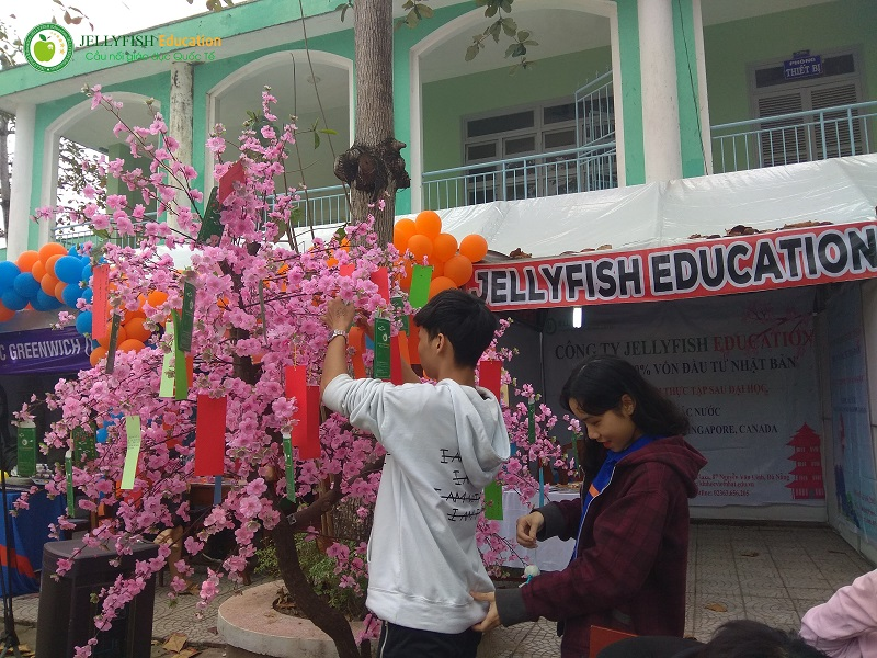 Ngày hội văn hóa dân gian tại trường THPT Nguyễn Thượng Hiền - Ảnh 6