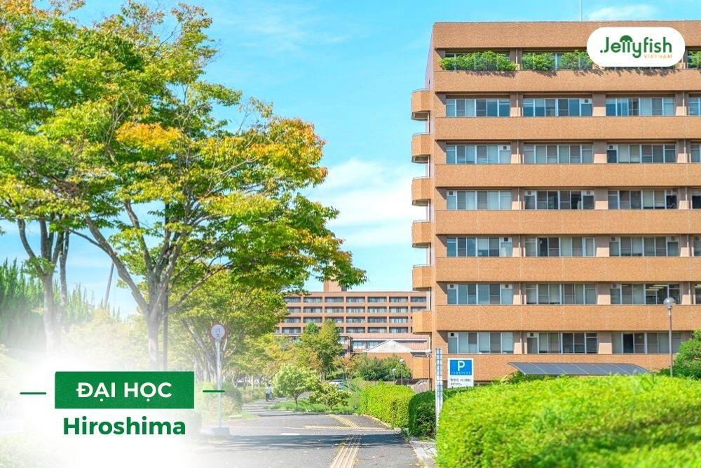 Trường Hiroshima có khoảng 1.750 sinh viên quốc tế đến từ 63 quốc gia khác nhau