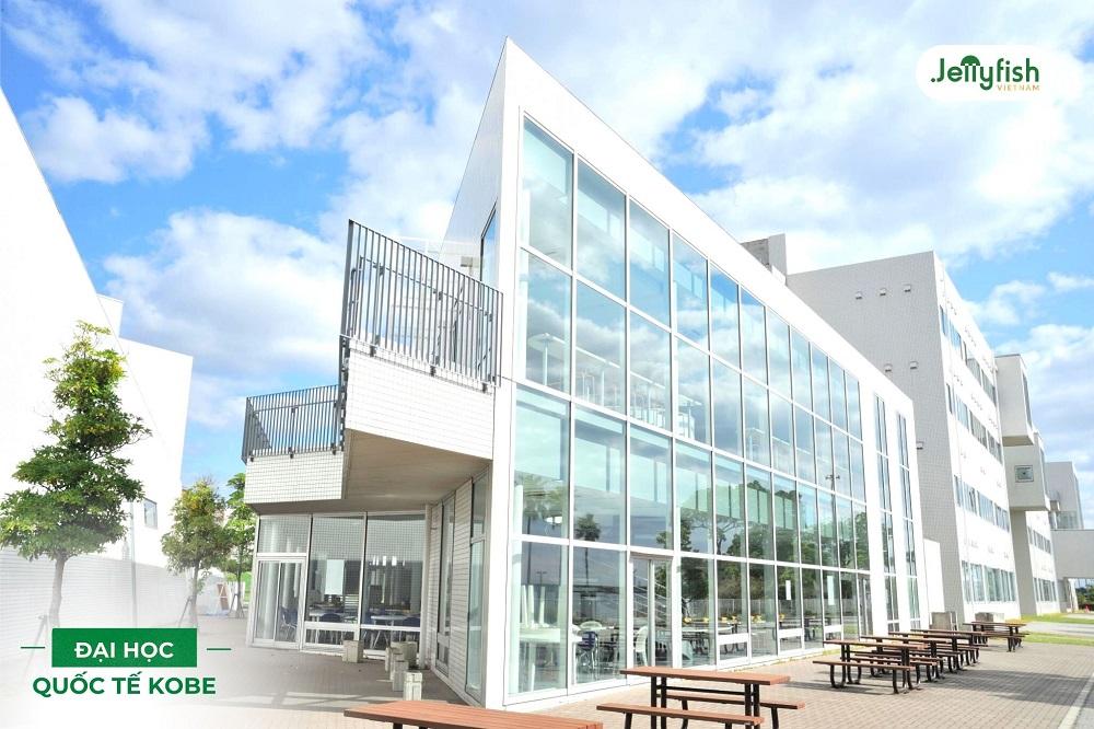 Kobe International University