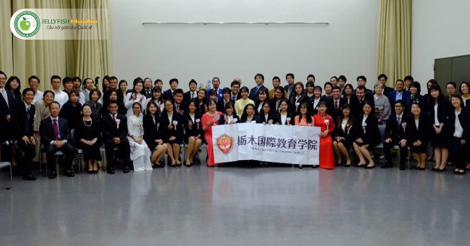 Học viện giáo dục quốc tế TIEI - Cam kết việc làm ngành khách sạn sau tốt nghiệp