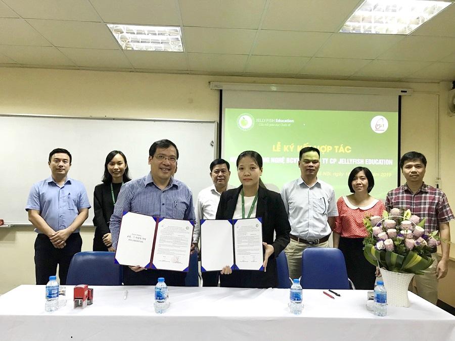 Jellyfish Education ký kết hợp tác đào tạo và cung ứng nguồn nhân lực với Học viện Công nghệ bưu chính viễn thông - 1