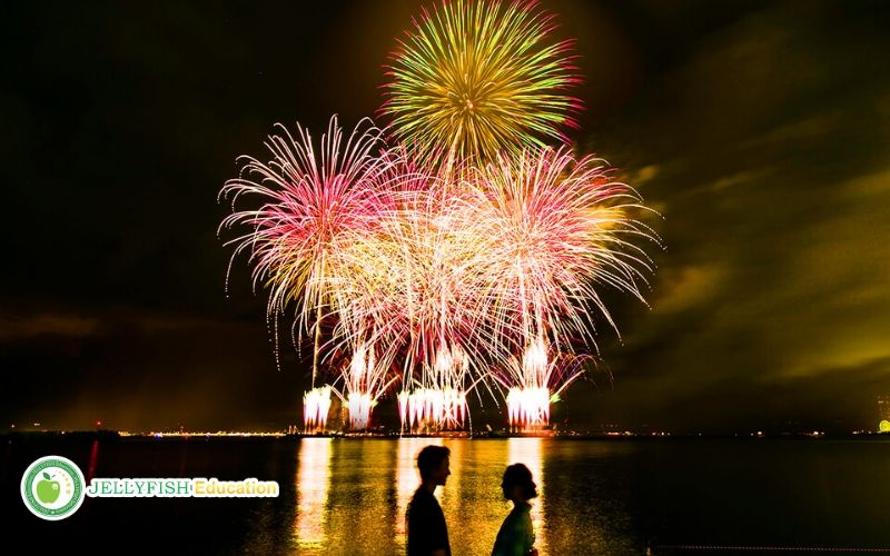 Pháo hè mùa hè ở Nhật