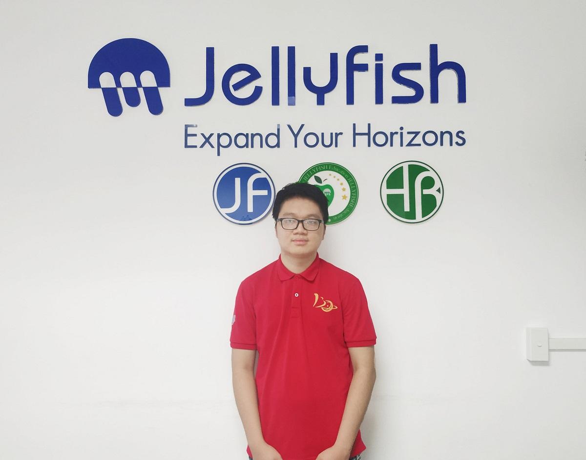 Hiện Ưng đang theo học chương trình tiếng Nhật tại Jellyfish Education