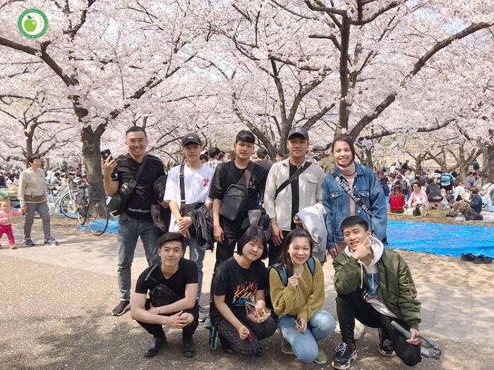 Các bạn du học sinh tại trường JIN (Osaka) và Human (Osaka) đã hoàn tất thủ tục nhập quốc và nhập trường để thảnh thơi đi ngắm hoa anh đào rồi nè!