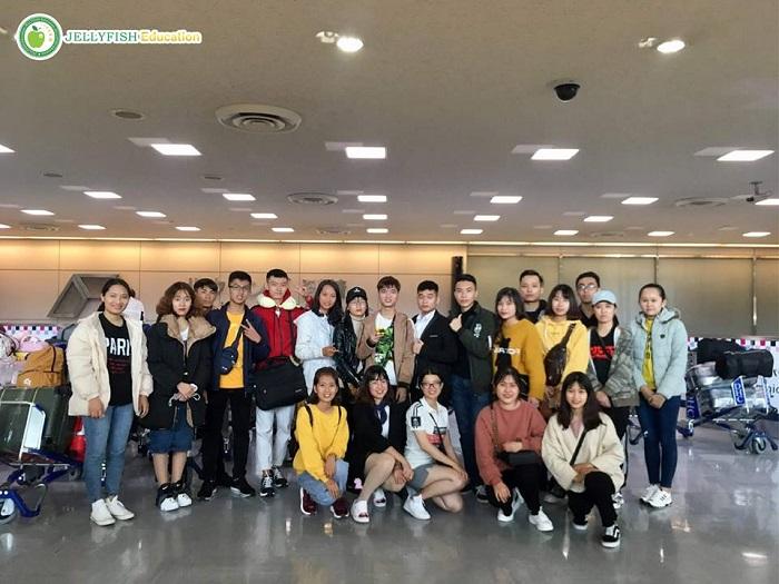 Ngày 25/03/2019: Đoàn du học sinh TIUJ đã nhập quốc an toàn và ổn định chỗ ở.