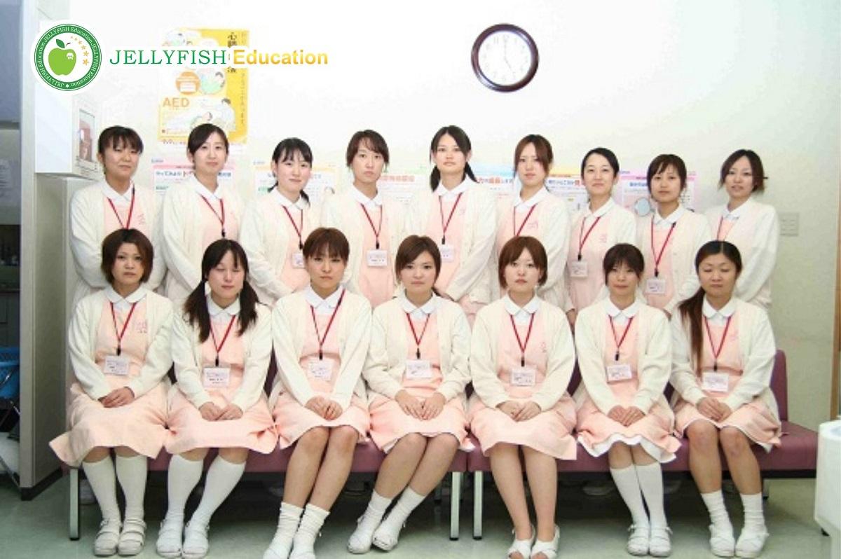 Những khó khăn lúc học điều dưỡng ở Nhật
