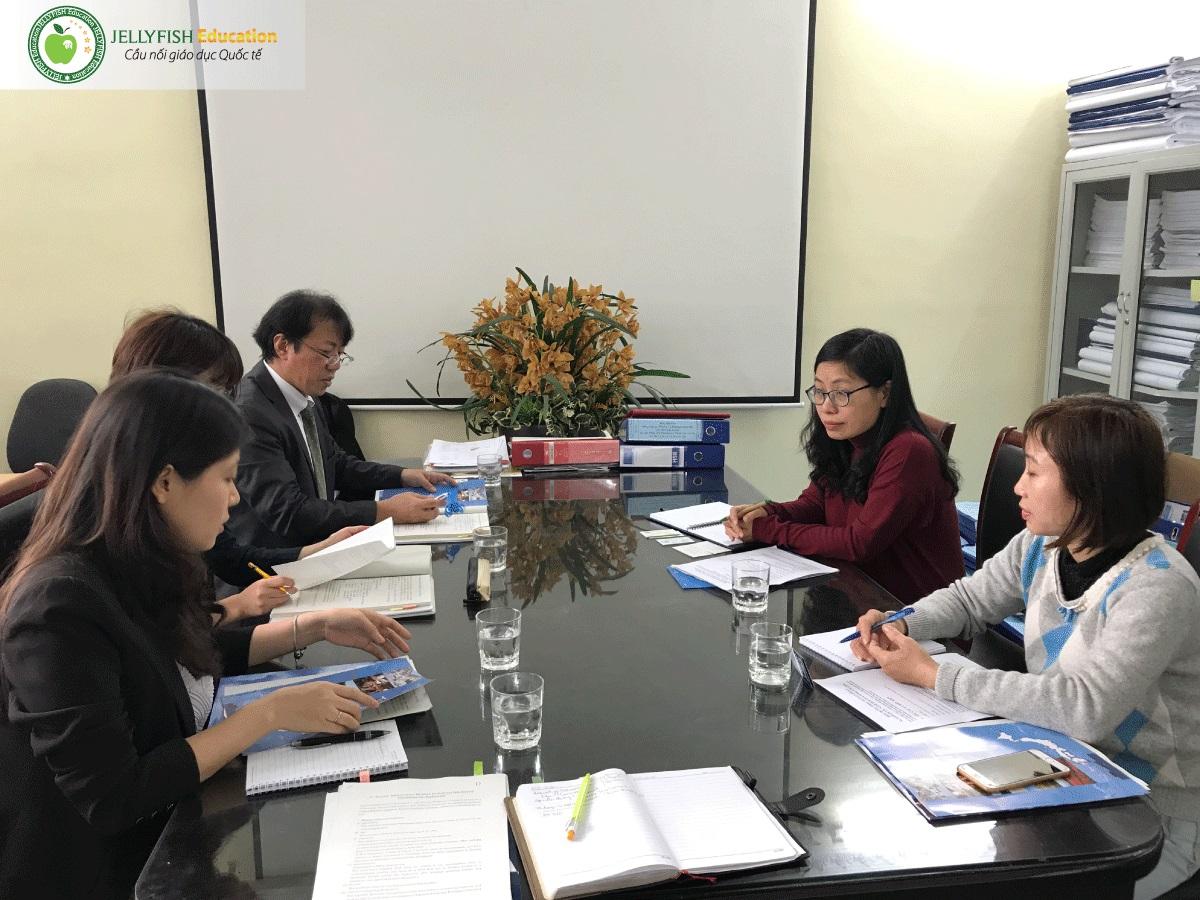 Tỉnh đoàn Toyama gặp gỡ và làm việc với Lãnh đạo Khoa Y Dược